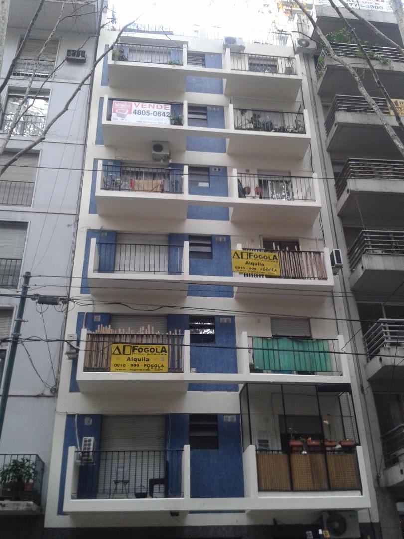 Departamento Venta al Frente con Balcón Reciclado a Nuevo en Palermo Nuevo
