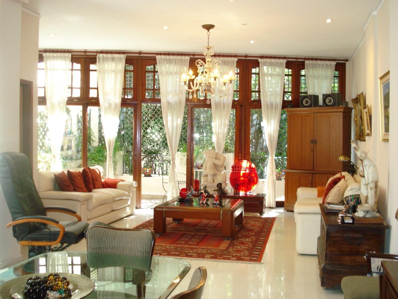 DUEÑO - Excep.Casa -Tipo Petit-Hotel -265 m2-Apto Vvda y Comerc- 4 Plantas-Ascensor