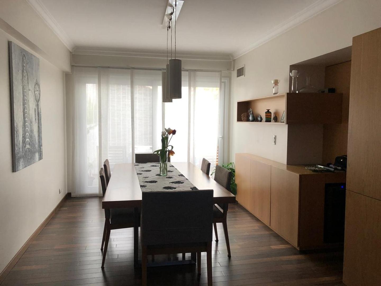 Casa - 319 m² | 3 dormitorios | 11 años