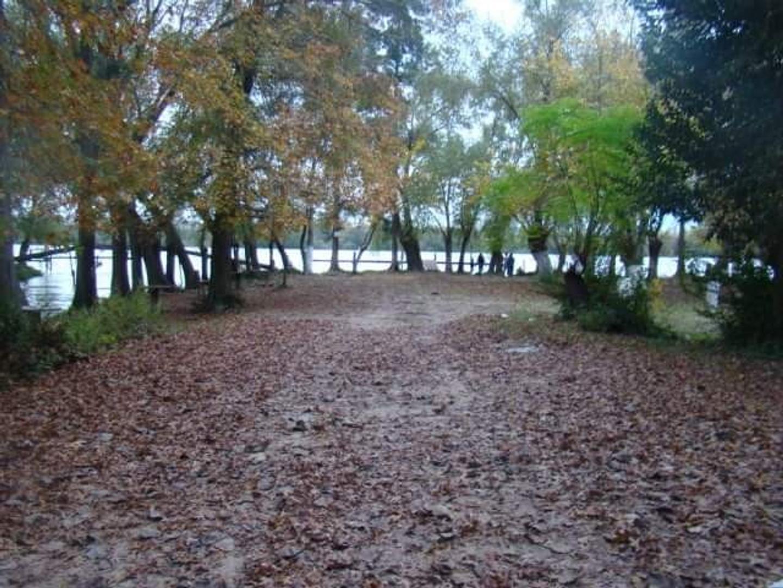 Terreno en Venta en Puerto Paraná
