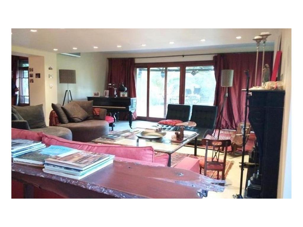 HB bienes raíces vende casa en El Talar De Pacheco