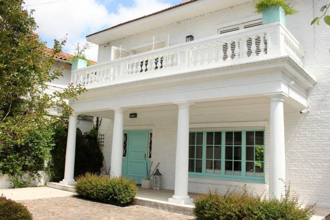 Casa en venta en Acassuso - de Libertador al Río