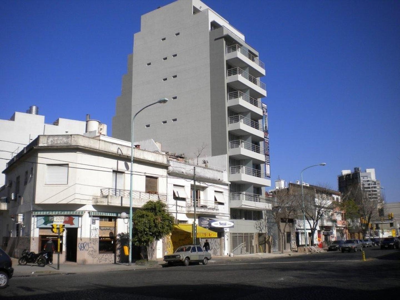 Alquiler terraza/azotea piso 10 sobre avenida para la instalación de antenas de telecomunicacione