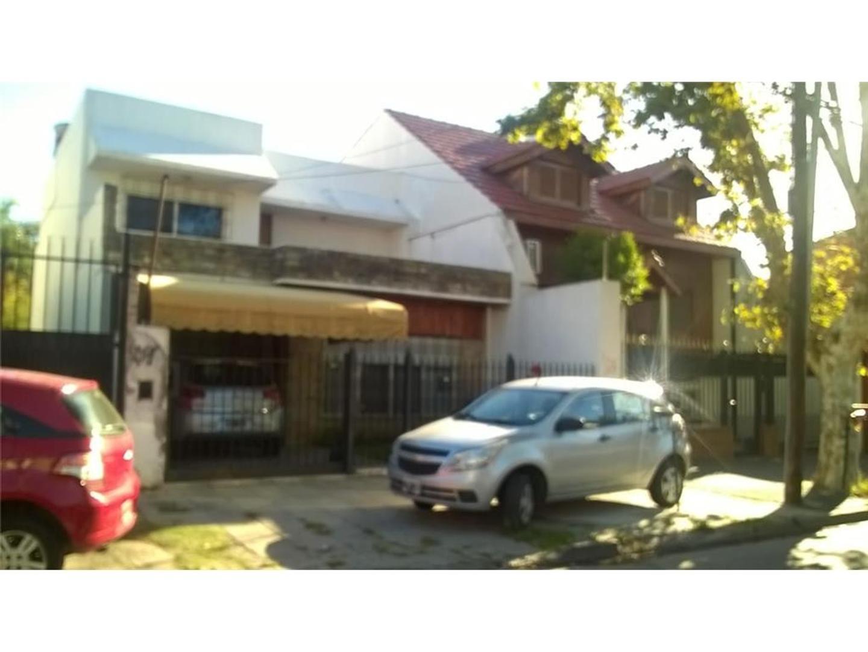 Casa en Venta en Villa Ballester - 4 ambientes