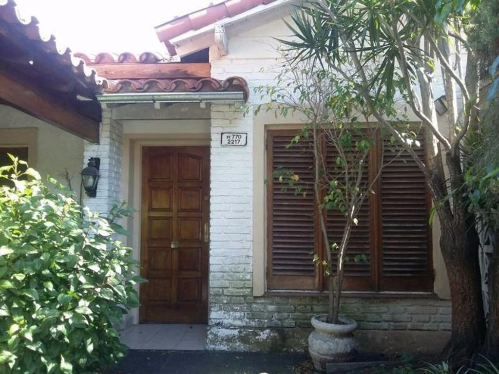 Casa en venta en av r palacio 770 ciudad jardin del for Alquileres en ciudad jardin el palomar