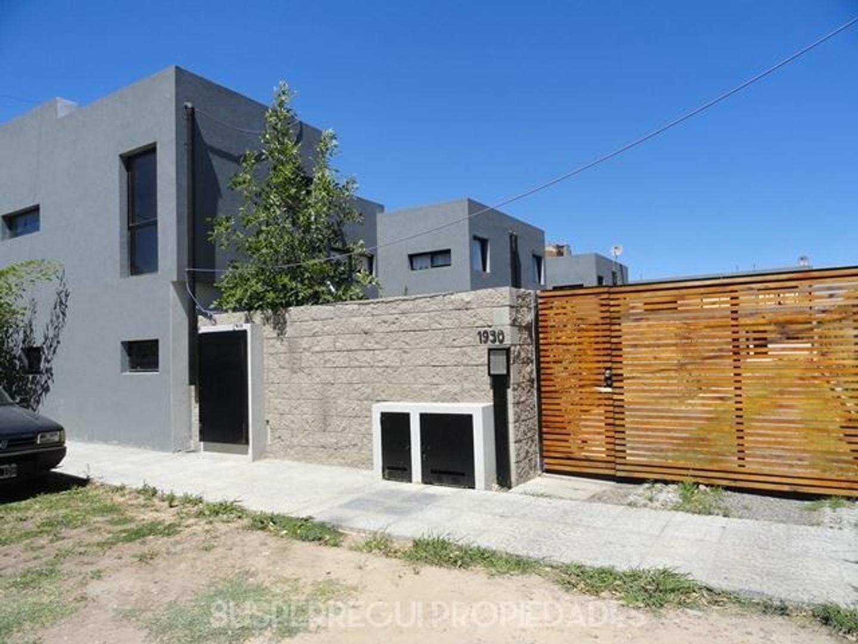 Duplex Apto Banco de 2 Dormitorios en Calle 68 e/ 133 y 134 Los Hornos (La Plata)