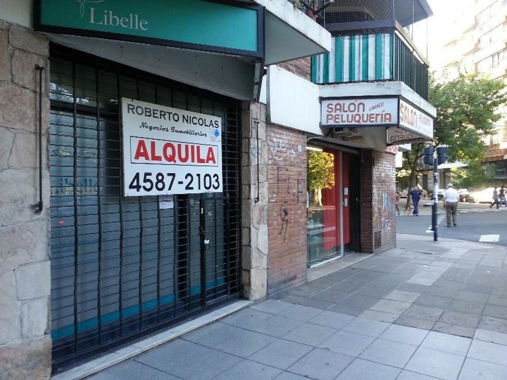 Almagro Local 34m2 Impecable estado Peron y Salguero. Frente a Plaza Almagro.