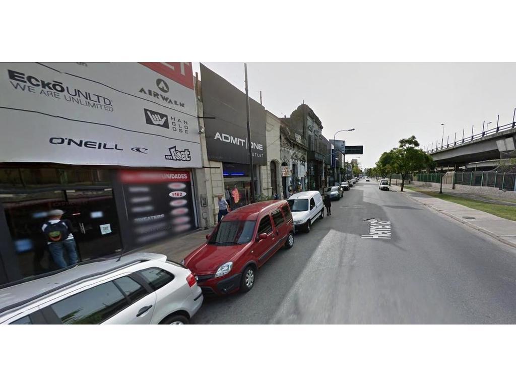 Zona Outlet - Barracas s/expensas 8.66x36