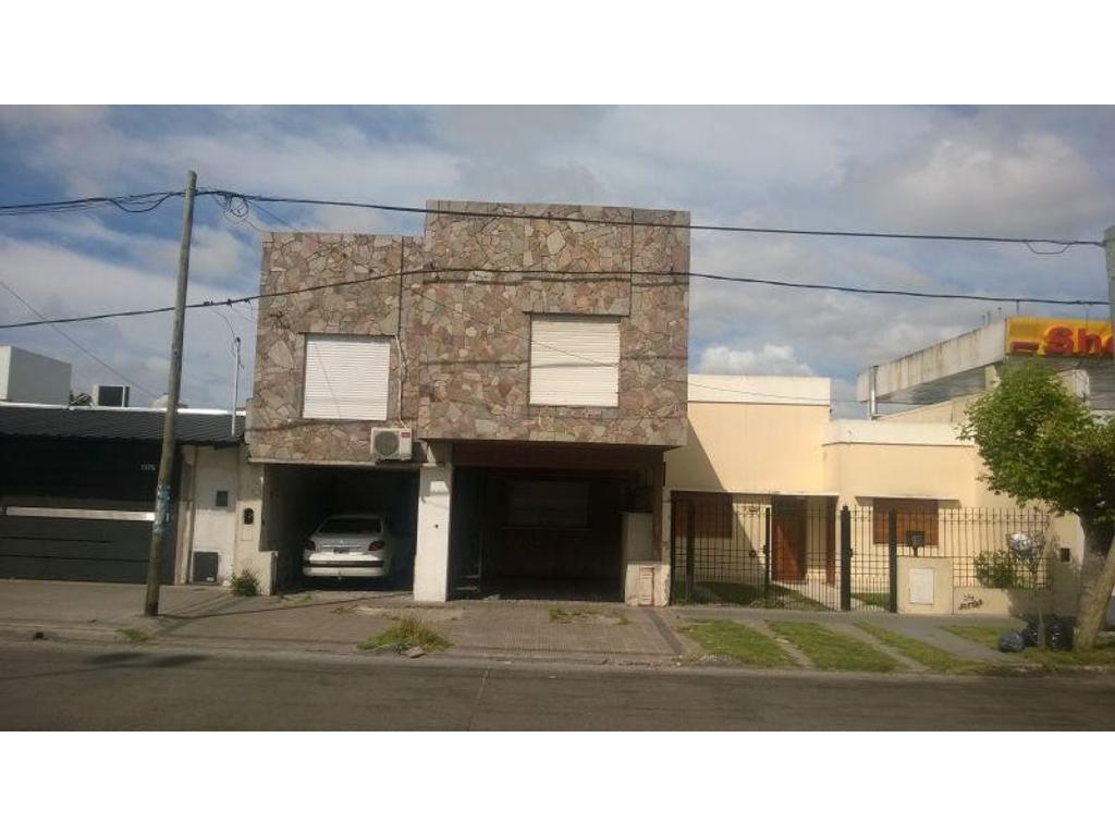 Casa en venta en 131 e 60 y 61 la plata inmuebles clar n for Casa de cocina la plata
