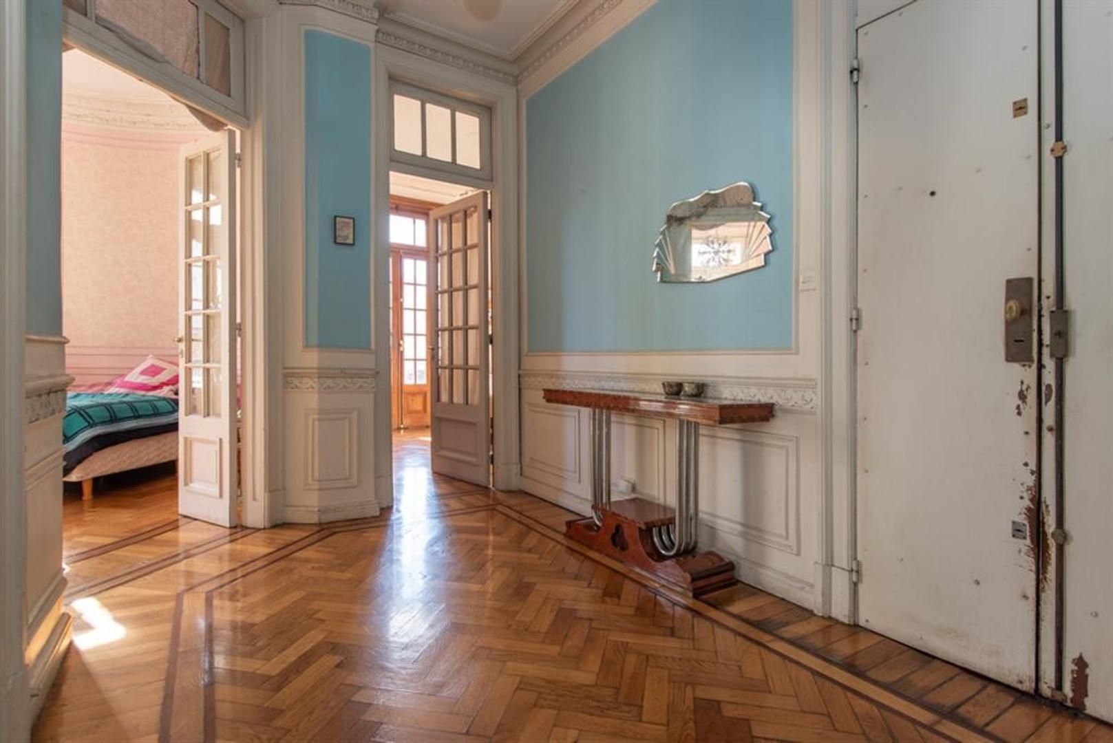 Departamento - 164 m² | 5 dormitorios | 70 años