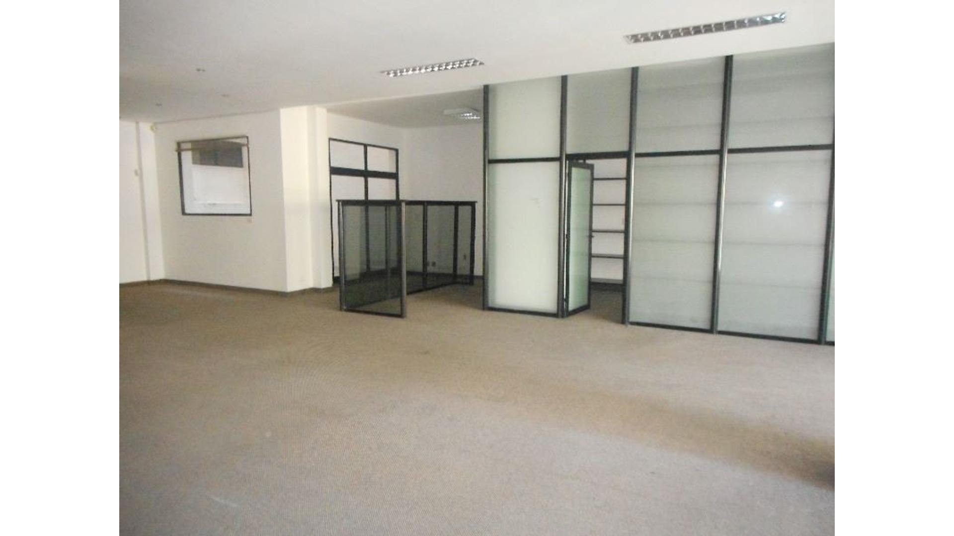 VENTA EXCELENTE DE OFICINA EN MICROCENTRO DE 415 m2