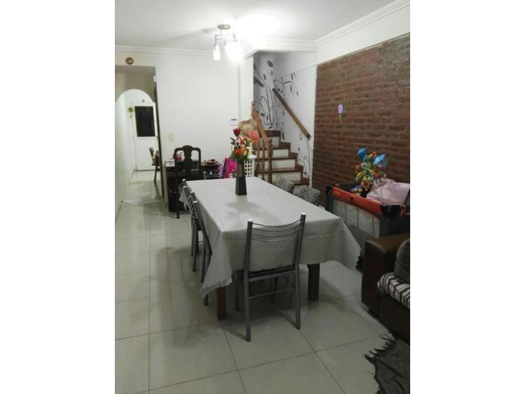Casa en venta en pastor luna 7400 villa bosch for Jardin hormiguita viajera villa bosch