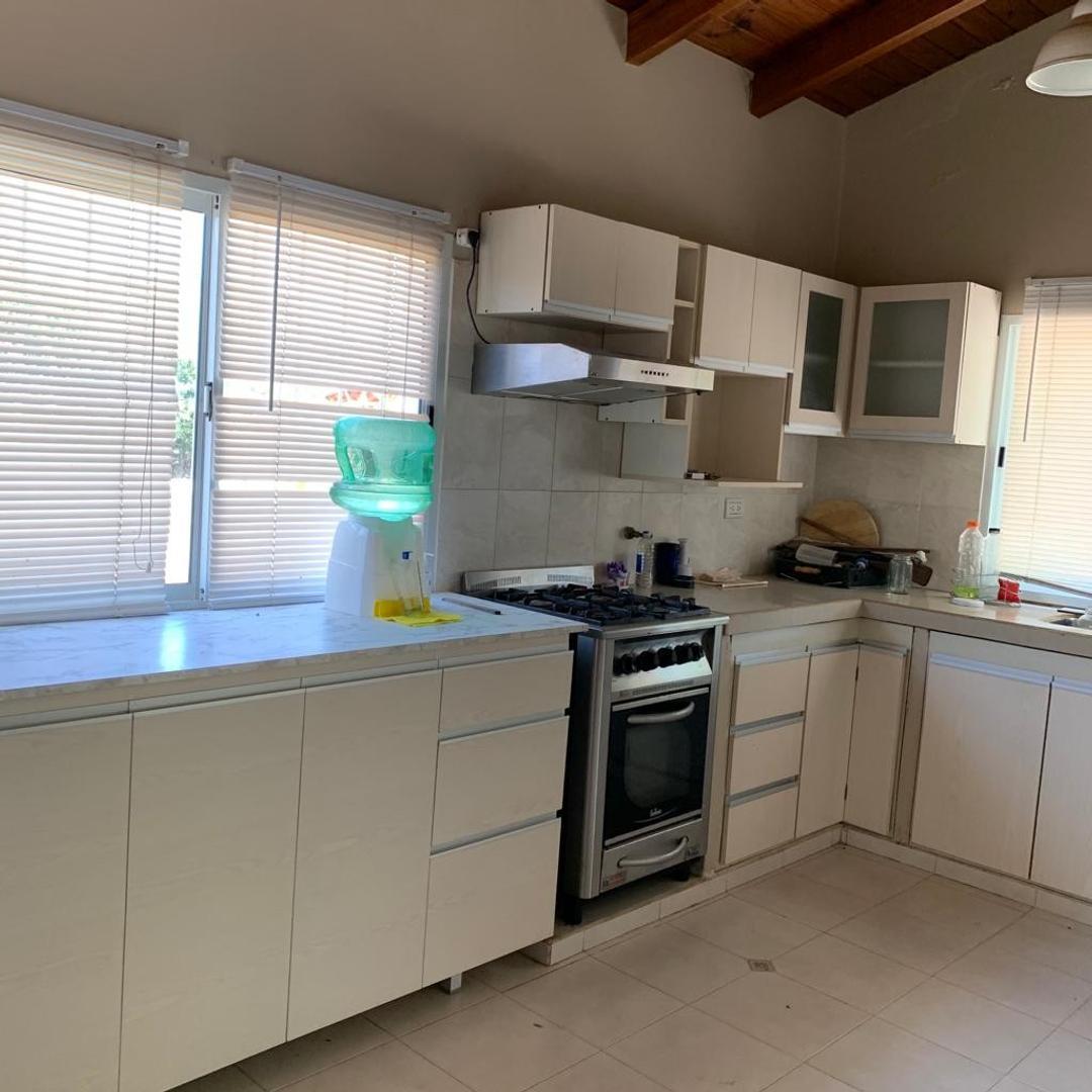 Particular vende casa en Solares Day, RN 51 Km 5, a metros de San Luis.   - Contactar al telef. +54 9 ********  - email:  ********> - Foto 8