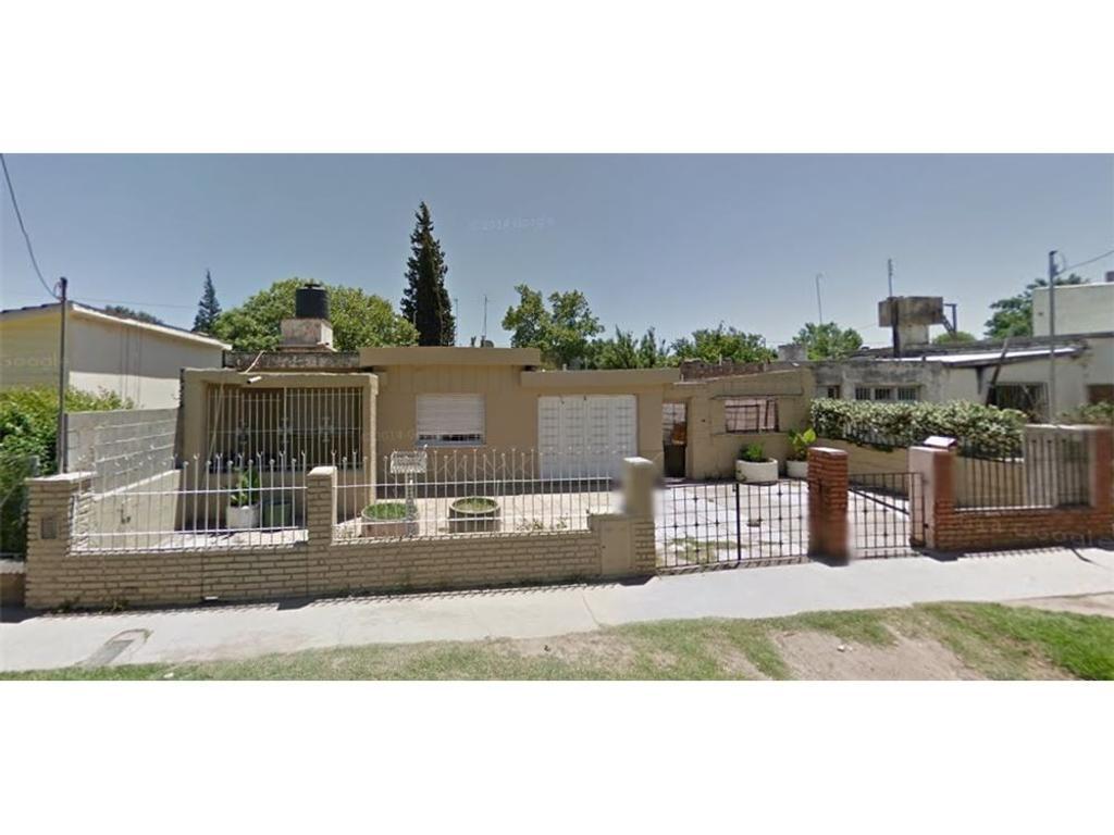 Se vende casa 3 dorm mas dpto en Arguello, Córdoba