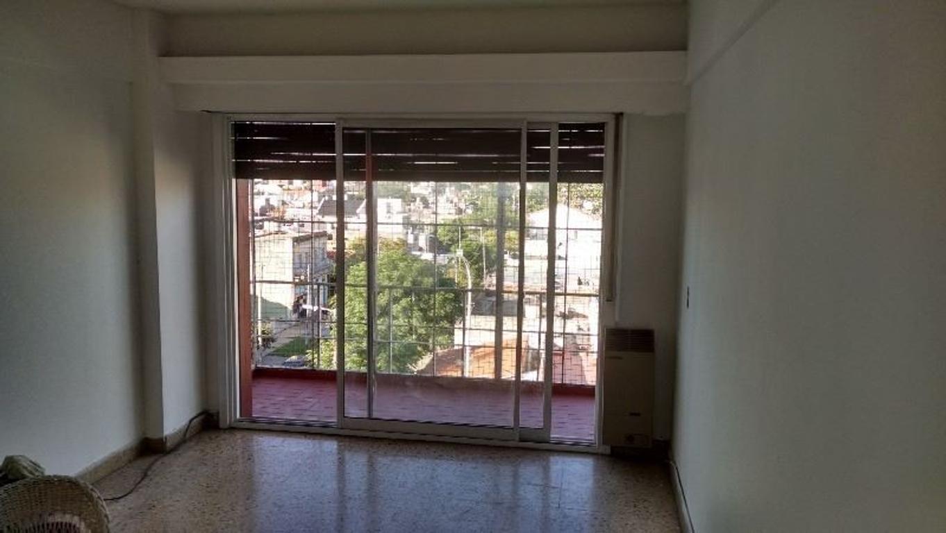 Departamento, Avellaneda, 3 ambientes