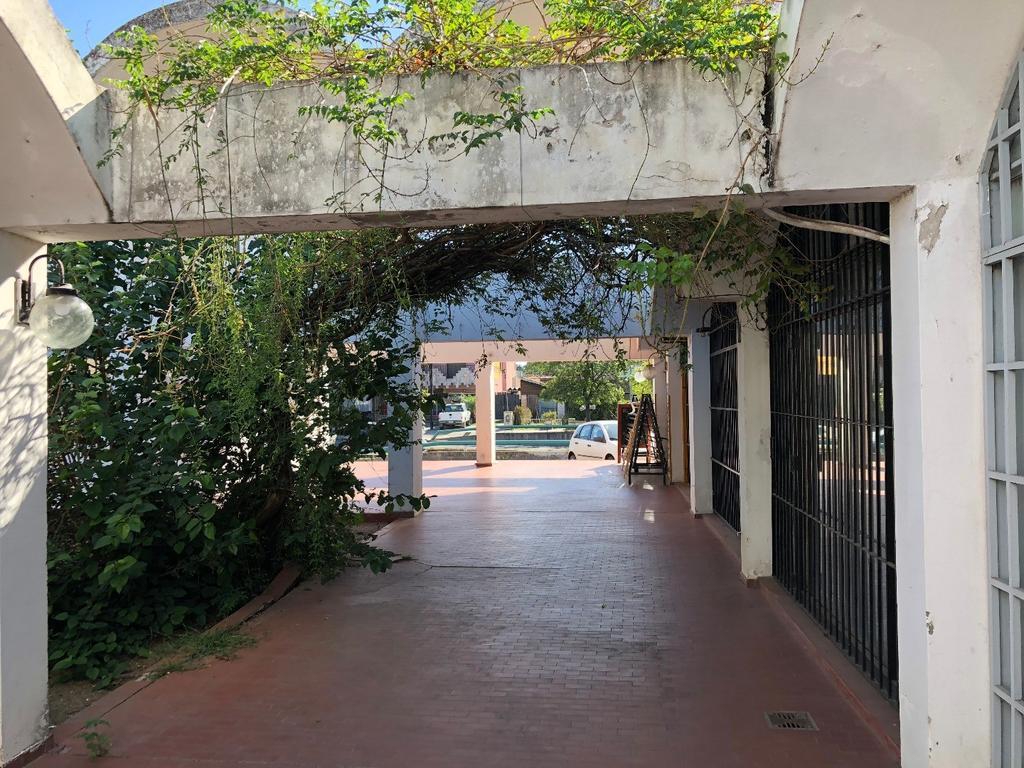 OFICINA EN ALQUILER zona mujer Urbana