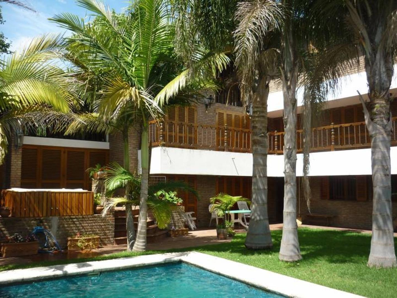 Casa en Venta en San Isidro frente al Hipódromo