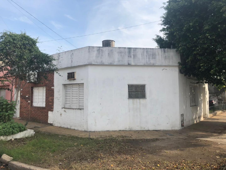 XINTEL(NIR-NIR-1179) Casa - Venta - Argentina, Tres de Febrero - ADOLFO ALSINA  AL 600