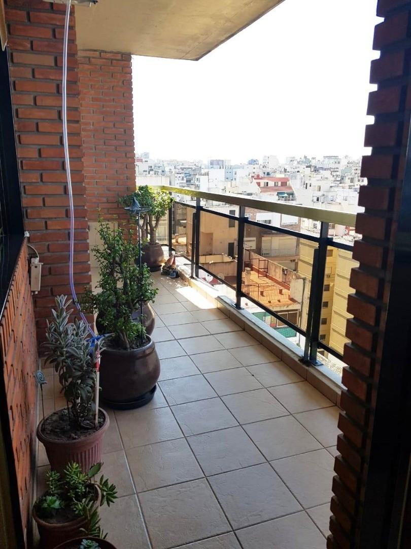 Departamento - 75 m²   2 dormitorios   15 años