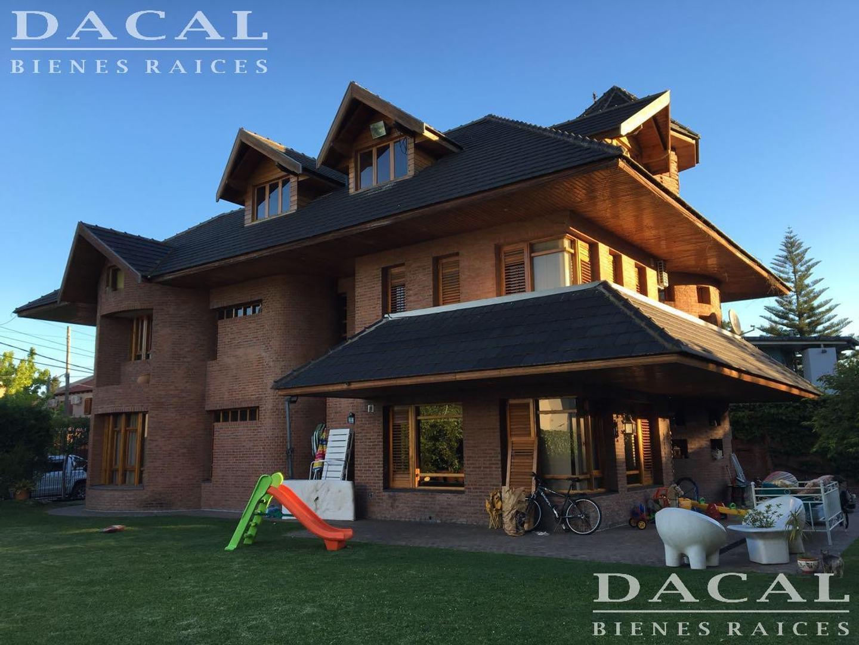 Casa en venta en La Plata Calle 471 e/ 21 A y 21 B Dacal Bienes Raices