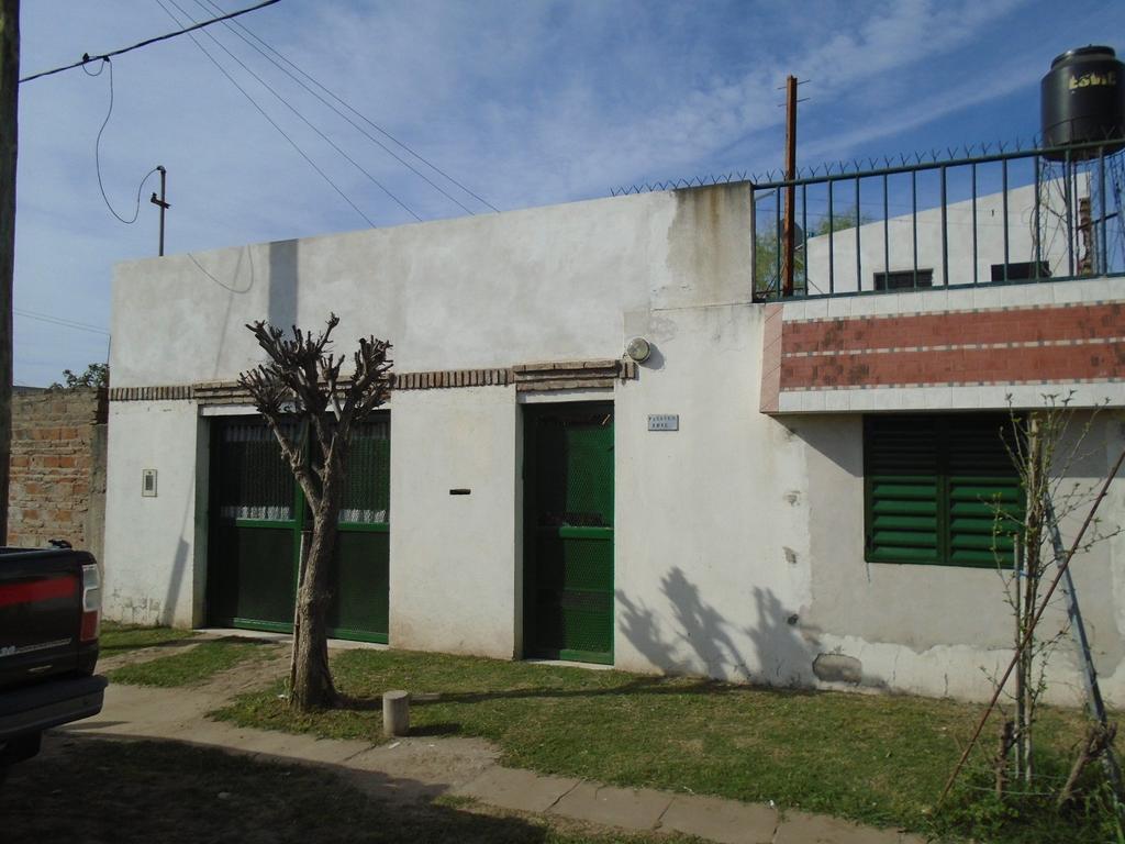 VENDO CASA AMPLIA BUEN ESTADO