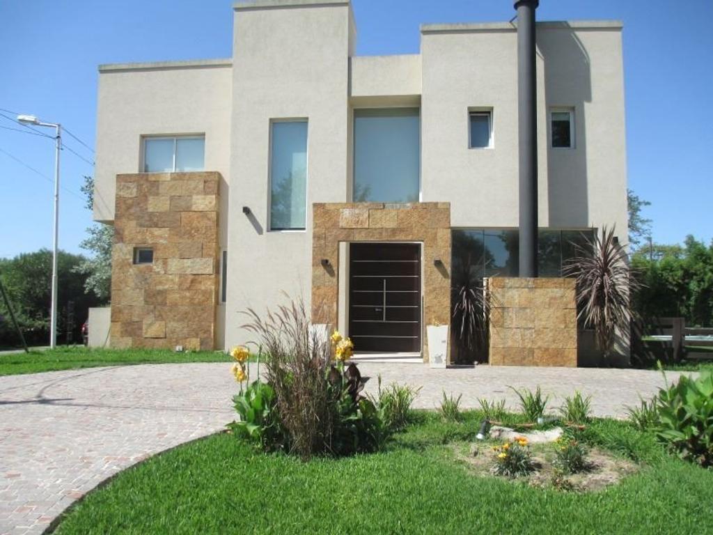 Venta casa B° Cdo Pradera de San Ignacio, Muñiz