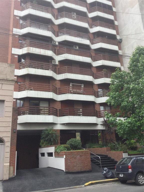 Excelente departamento 4 ambientes, Quilmes centro