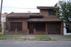 APTO CRÉDITO - Casa en Venta 6 ambientes