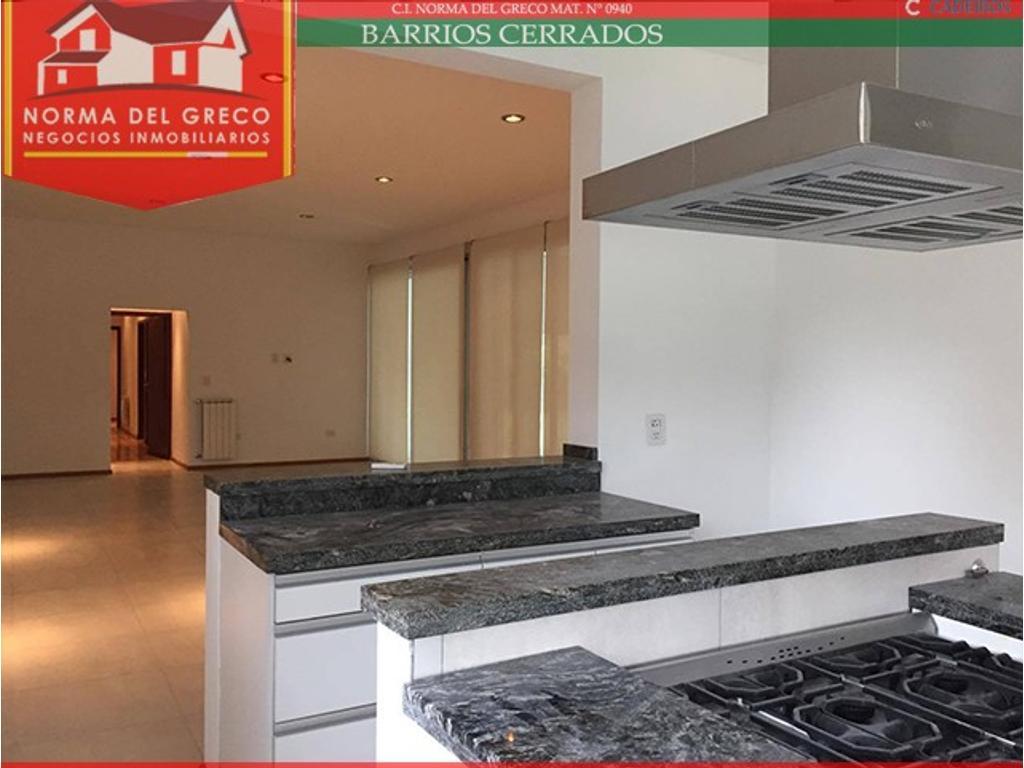 Casa en Venta en Barrio Privado Funes Hills Cadaques