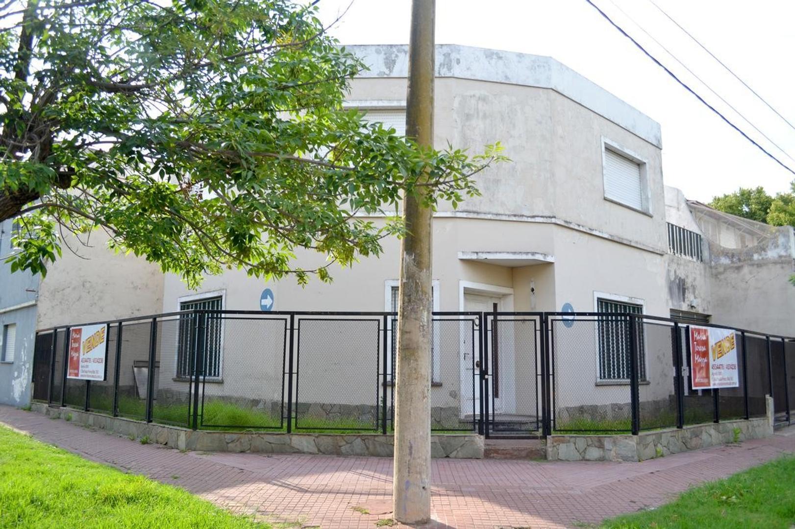 Casa  en venta Rosario  Alberdi Patio.