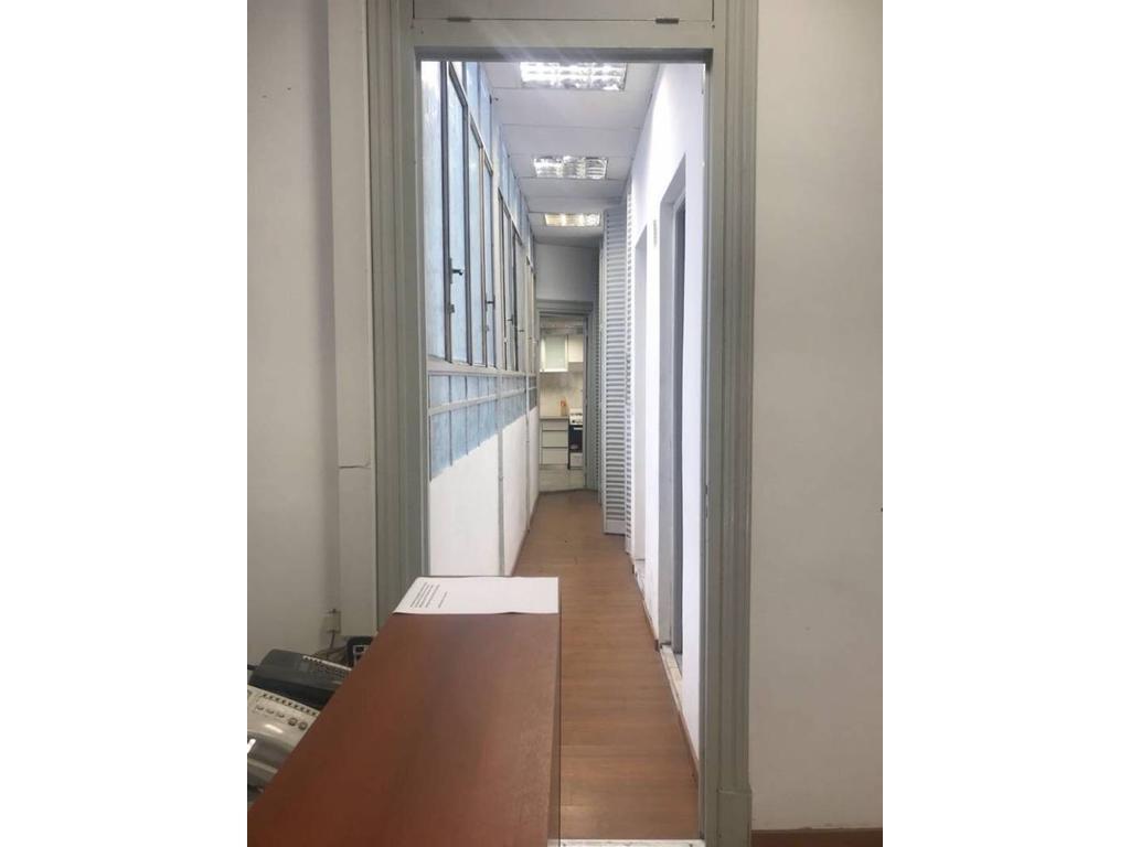 Excelentes oficinas en Microcentro
