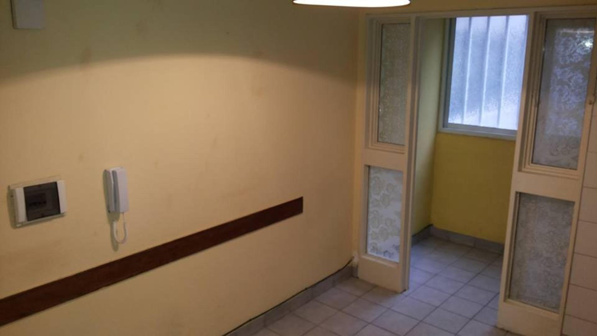 Departamento - 75 m²   2 dormitorios   20 años