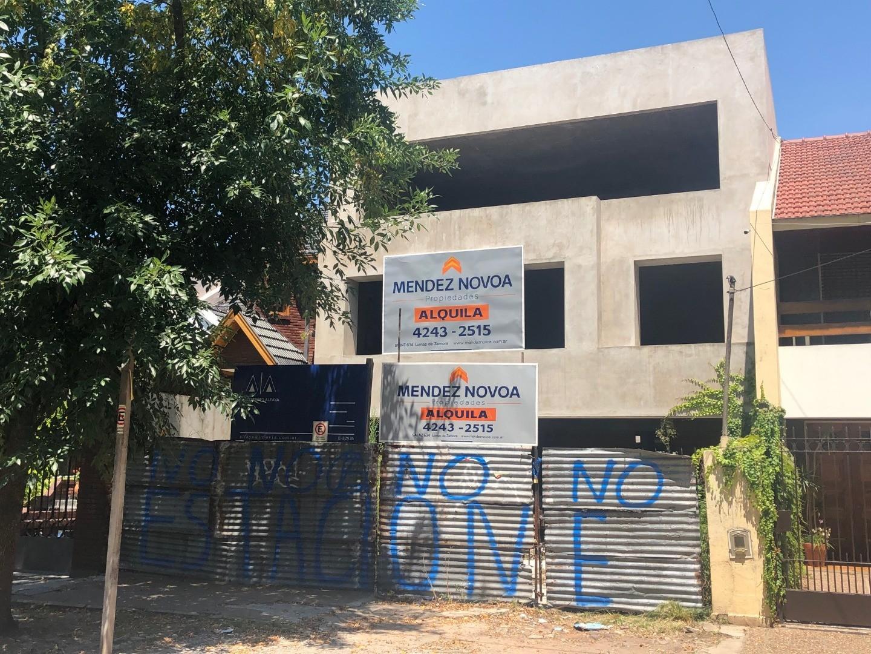 Casa en Alquiler en Lomas De Zamora - 5 ambientes