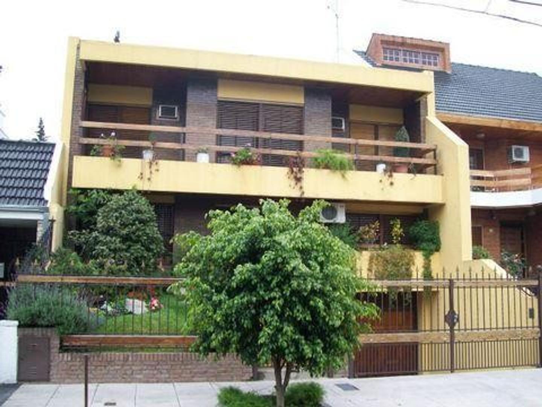 Casa En Venta En Desaguadero 2400 Villa Devoto Argenprop