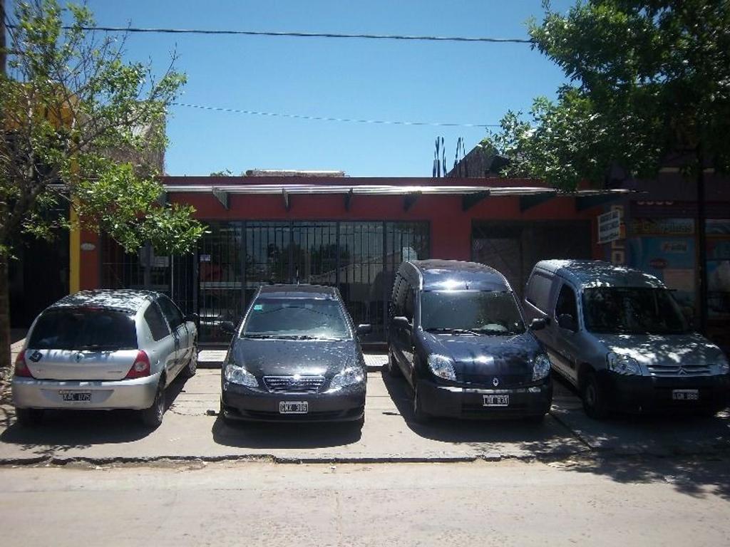 VENTA DE POLICLINICO EN EL JAGUEL ZONA COMERCIAL.