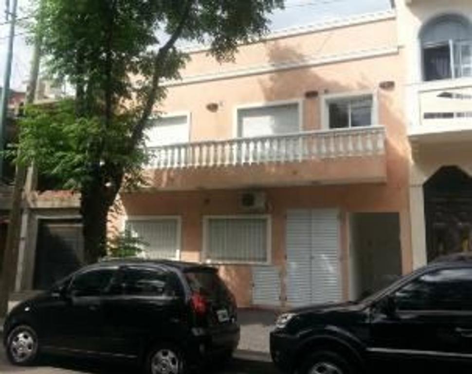 Departamento tipo casa en Venta en Capital Federal, Mataderos