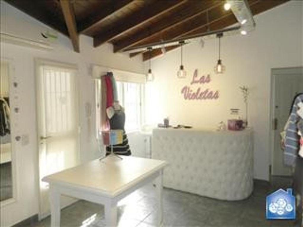 Departamento tipo casa en Venta de 2 ambientes en Capital Federal, Liniers