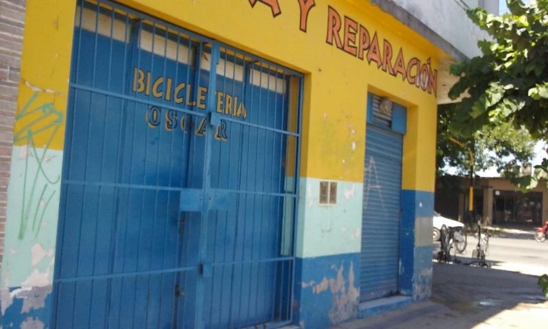 venta en BLOCK : 3 locales comerciales (actualmente alquilados) y en PA: 2 departamentos