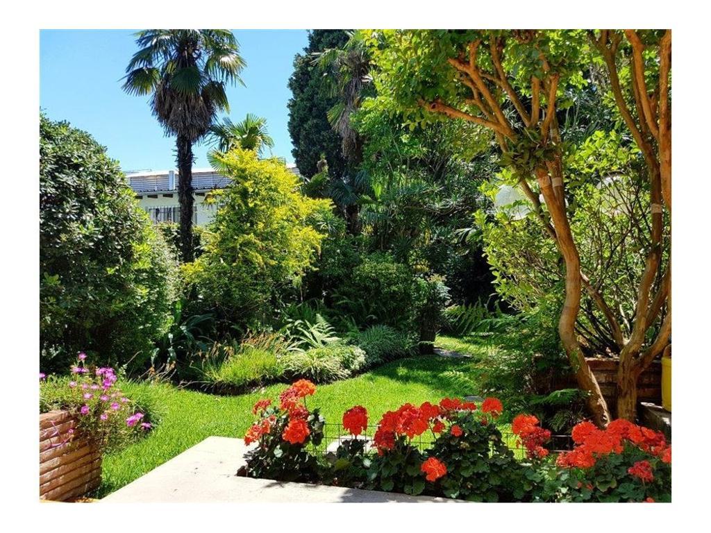 Excelente Residencia C/Gran Parque y Parrilla