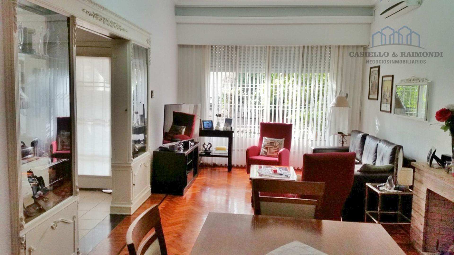 Casa en Venta - 12 ambientes - USD 252.000