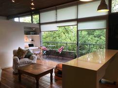Encantador departamento en el corazon de San Isidro, puro verde y luz natural.
