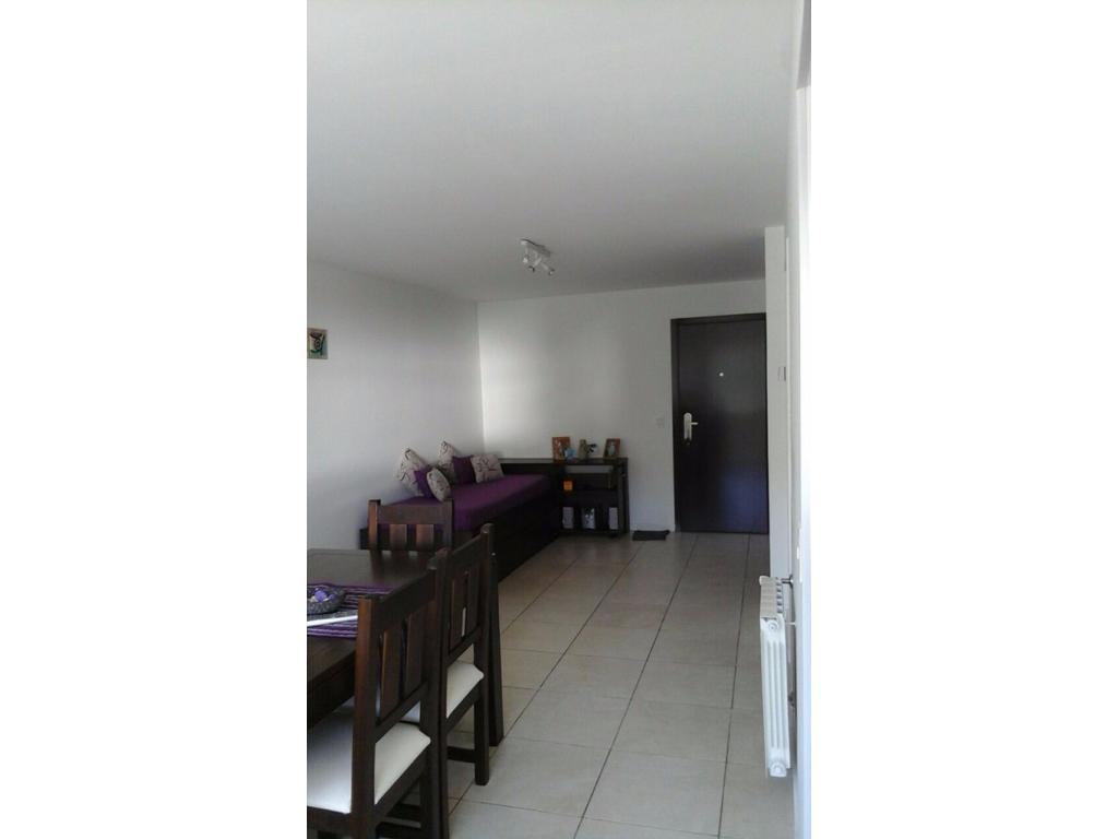 Departamento 1 amb nuevo - Cochera Cubierta y Baulera