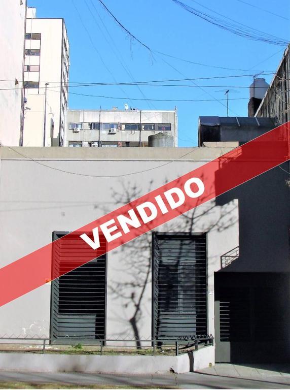 Av San Juan 400 - Terreno/edificio 2 Plantas Apto Todo Destino