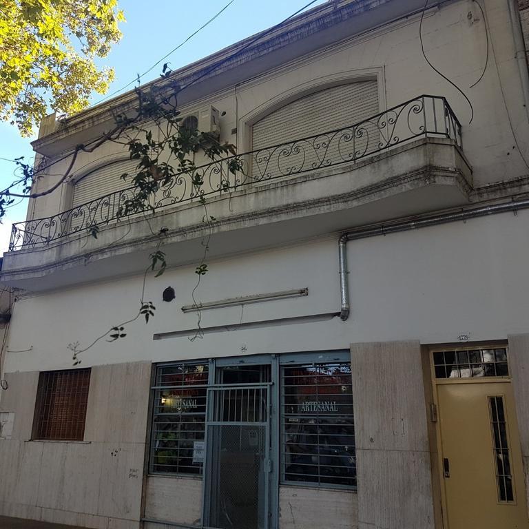 PH 3 Amb. Frente C/patio y Balcón. Curapaligüe y Santander - A metros de Parque Chacabuco
