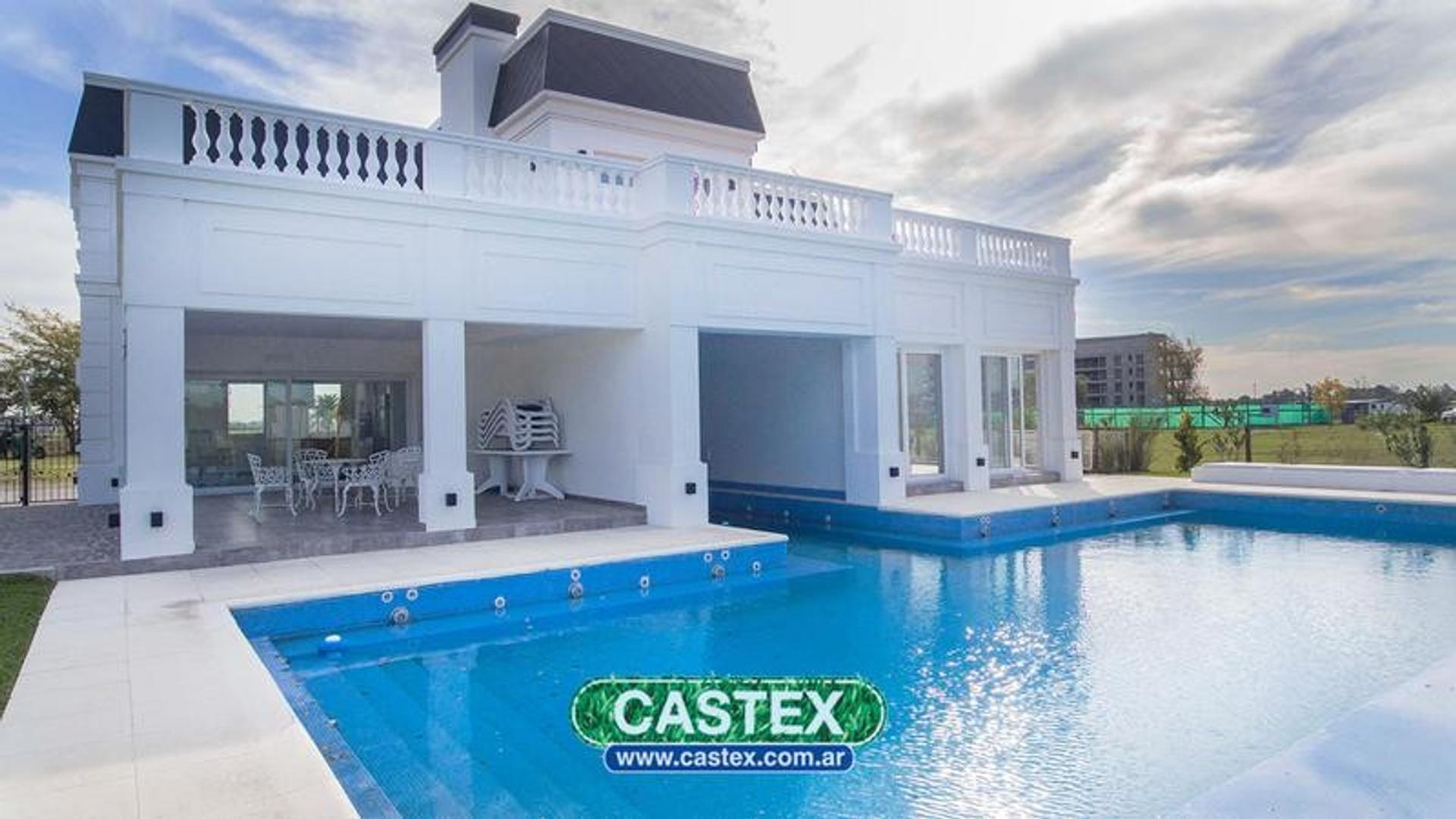 Imponente casa en venta en Terralagos
