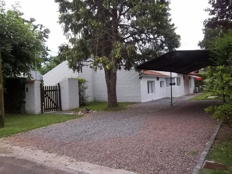 Casa en Venta en Aranzazu - 5 ambientes