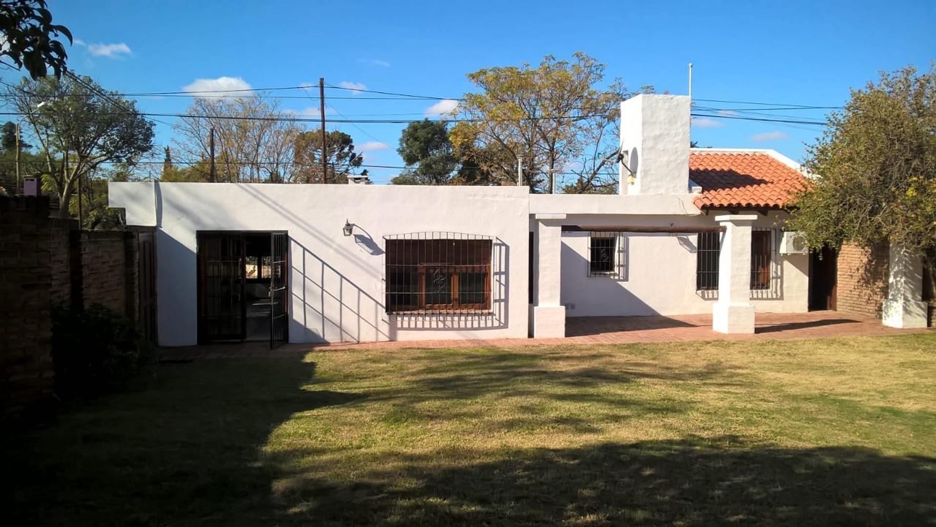 Casa en Venta en Rivera Indarte - 6 ambientes