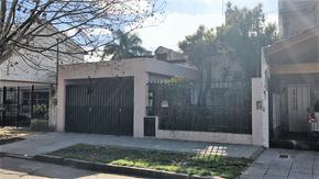 Excelente casa 4 ambientes en la zona de Agustiniano !! Salguero 3000