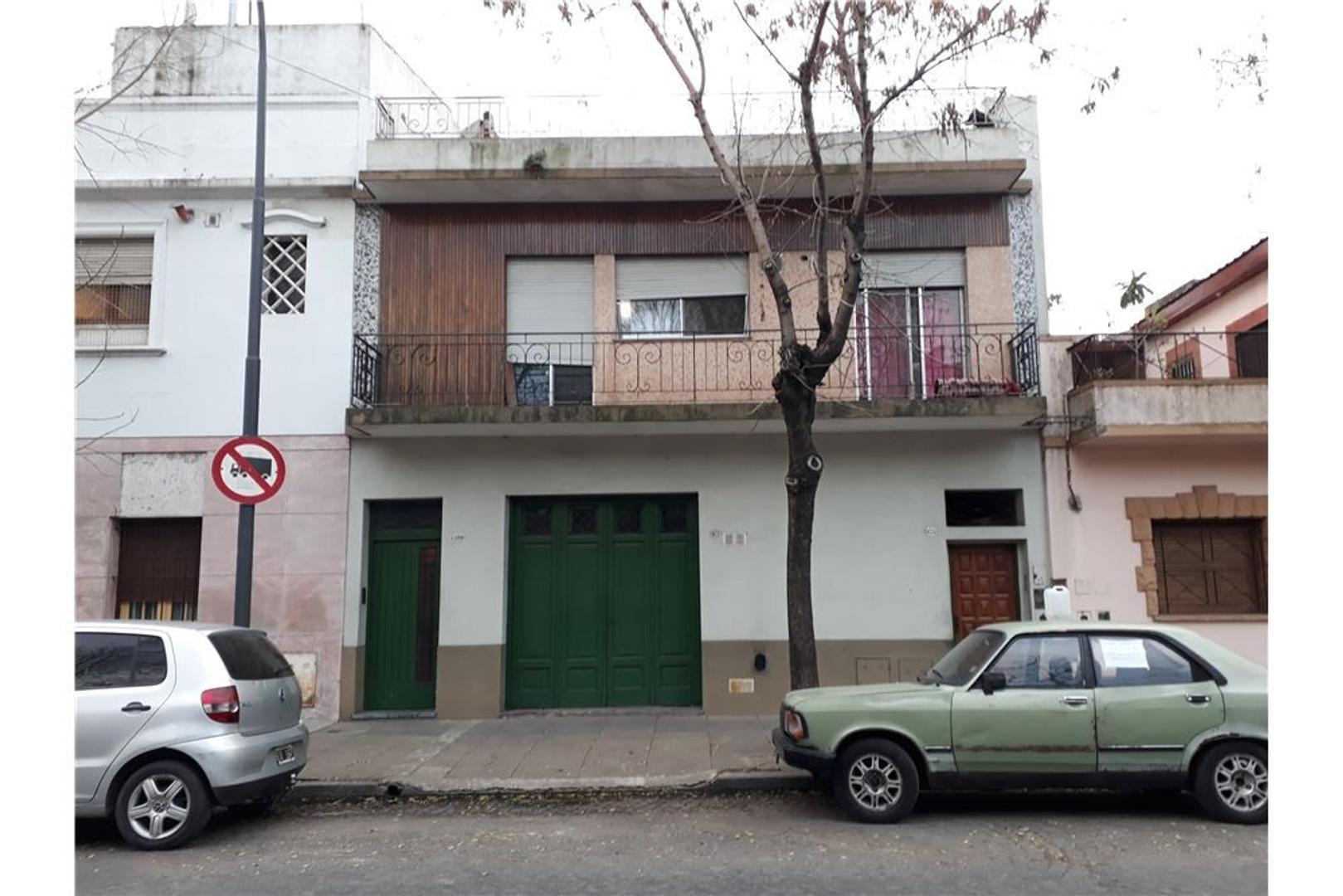 Casa en Venta en Pompeya - 3 ambientes