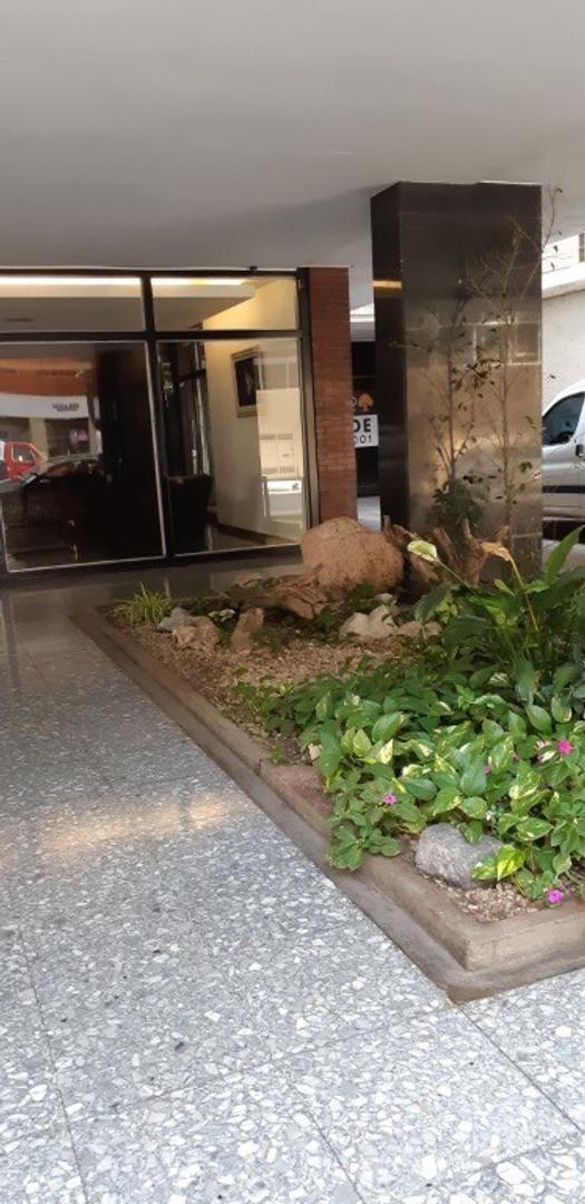 Venta departamento a metros del Botánico, barrio de Palermo, 2 ambientes, dormitorio con placard,muc